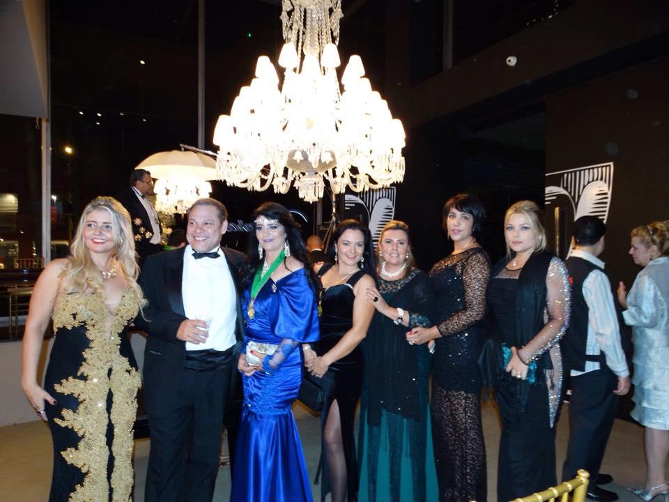 Baronesa Bocci e Ruth Villela de Andrade são condecoradas em noite de gala na Maison Baccarat