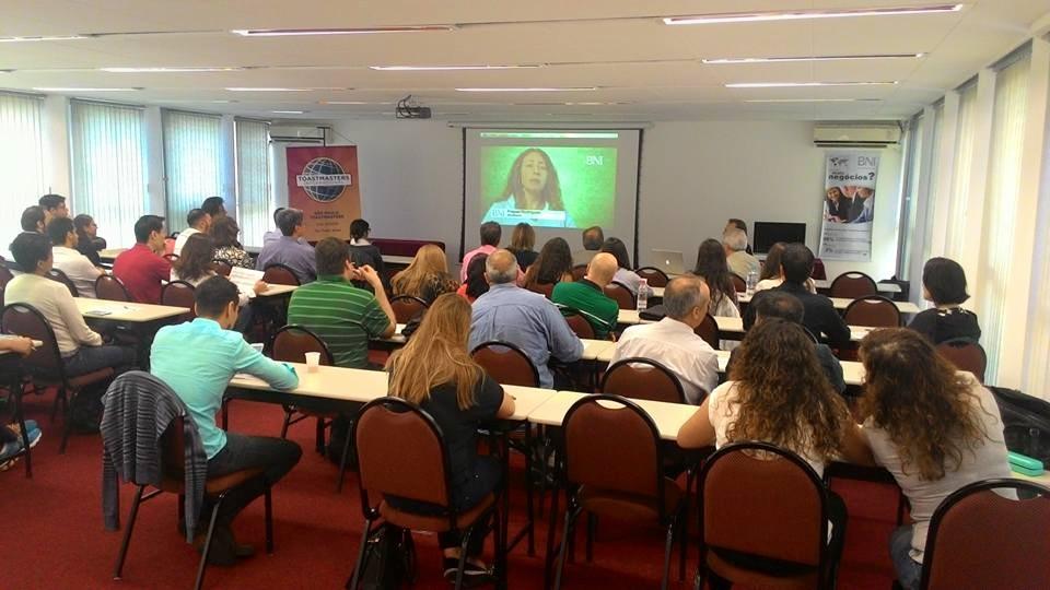 Toastmasters e BNI Brasil em parceria para o desenvolvimento de novos líderes